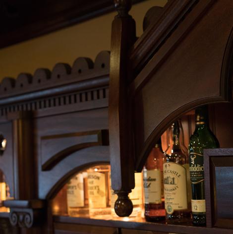 oneills-bar-restaurant-irish-whiskey-shelf